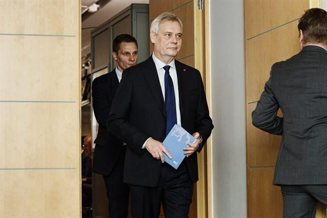Statsminister Antti Rinne (SDP) meddelade på måndagsmorgonen att han inte har något att kommentera i fråga om söndagens möte mellan regeringspartierna.