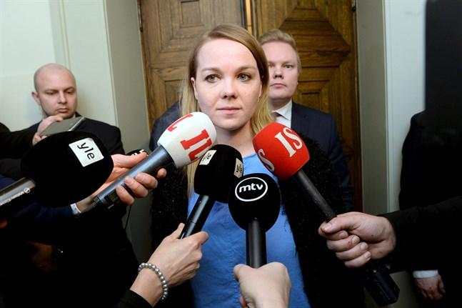 Centerns ordförande Katri Kulmuni säger att Centern hyser ett misstroende gentemot statsminister Antti Rinne