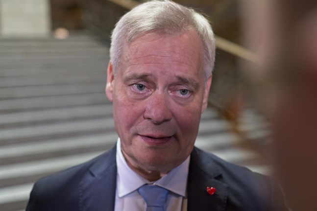 Centern har förlorat förtroendet för statsminister Antti Rinne (SDP).