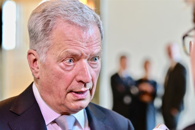 President Sauli Niinistö känner inte till några planer om att hämta hem kvinnor och barn från flyktinglägret i Syrien.