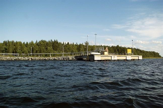 Uusikarleby Tank Storage som planerar bredda verksamheten i Kanäs har ingått ett nytt arrendeavtal på en hektar industritomt som ligger i anslutning till hamnen.