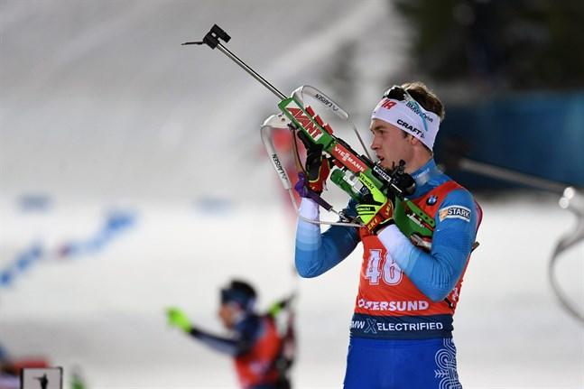 Landslagsmannen Tero Seppälä tvingas – eller får– prioritera världscupen i skidskytte framför Mellersta Österbottens landskapsstafett.