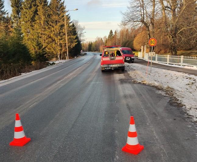 Frontalkrocken inträffade mellan Grönvik och Alskat.