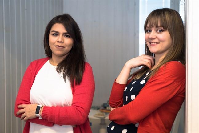 """Hellen Martins Latva-Salo och Martina Söderman öppnar Kindercafé, som fått sitt namn från det tyska ordet för barn, """"kinder"""". Café är internationellt och finns också i portugisiskan."""