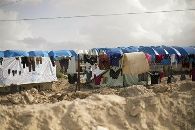Allt fler syrier kan lämna det överbefolkade lägret al-Hol i nordöstra landsändan och återvända hem. Arkivbild.