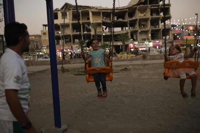 Boende i Raqqa i Syrien, vilken i praktiken var Islamiska statens tidigare huvudstad.