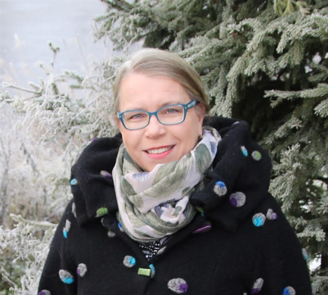Anna-Maija Renko från Samlingspartiet ångrar den häftiga rubriken i en insändare om könsbalansen i politiken.