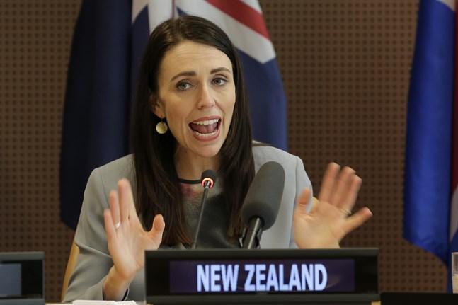 """Nya Zeelands premiärminister vill inte ge råd till Finlands statsminister Sanna Marin. """"Hon behöver inga råd"""", säger Ardern. Arkivbild."""