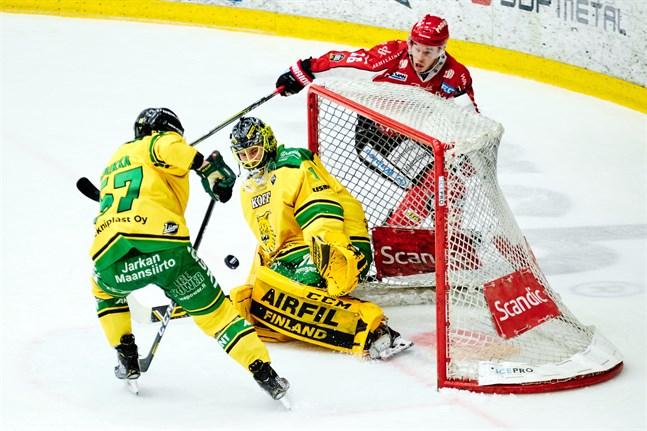 Jesse Paukku satte två baljor mot Ilves.