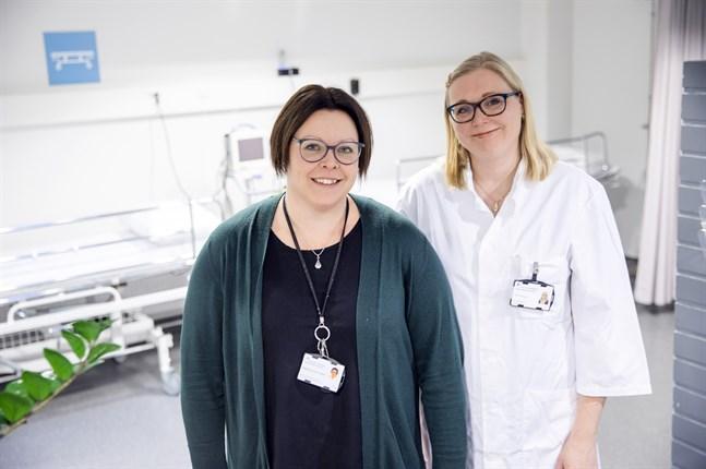 Magdalena Nyvall-Malm, sjukskötare med specialkompetens i palliativ vård och Heidi Bengts, tf överläkare för onkologiska kliniken och med ansvar för den palliativa vården.