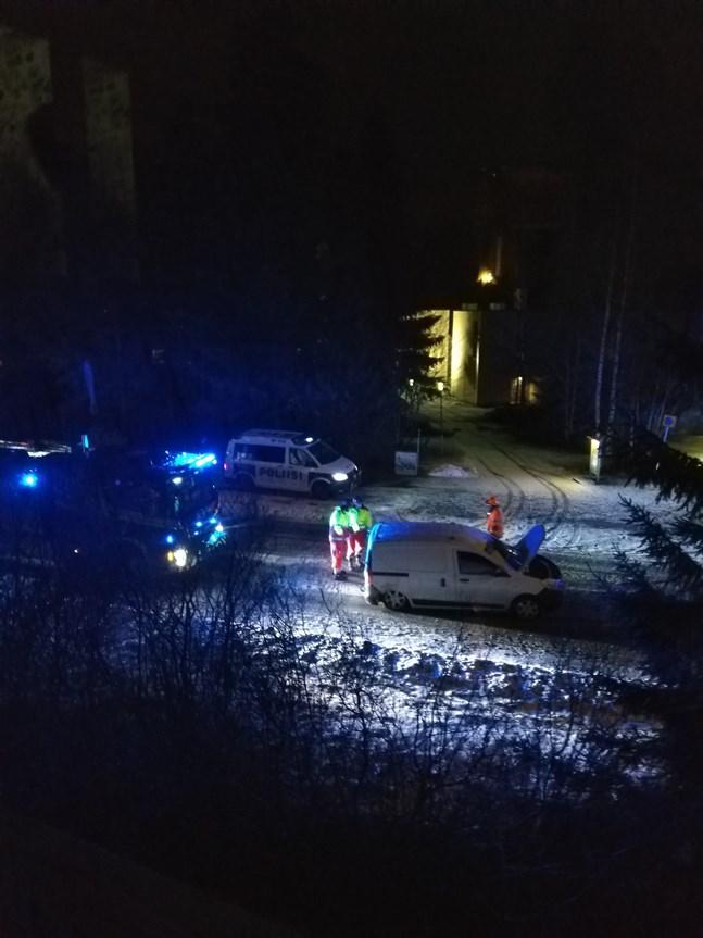 En krock inträffade på Tallmarksvägen i Gerby på söndag kväll.