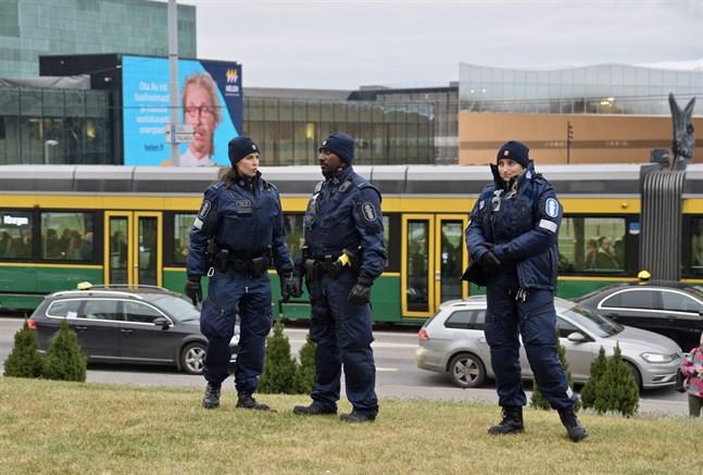 Drygt 30 procent av polispersonalen har råkat ut för riktade trakasserier, enligt Polisstyrelsens enkät.