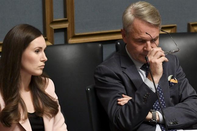 Statsminister Sanna Marin (SDP) och utrikesminister Pekka Haavisto (Grön).