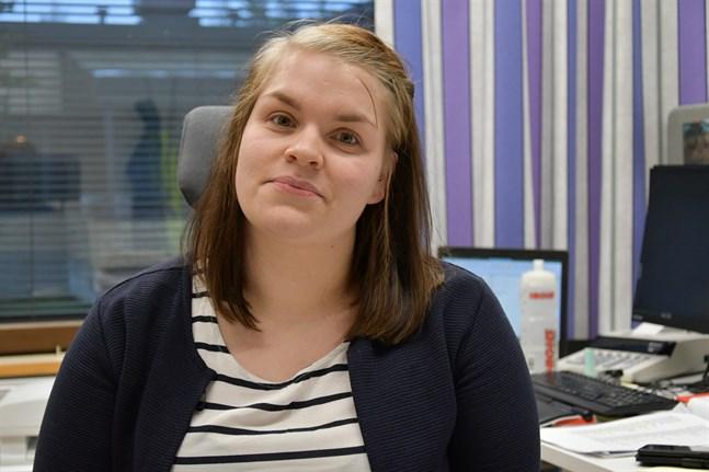 Tekniska assistenten Reetta-Maria Sahlgren betonar att staden är lyhörda och flexibla.