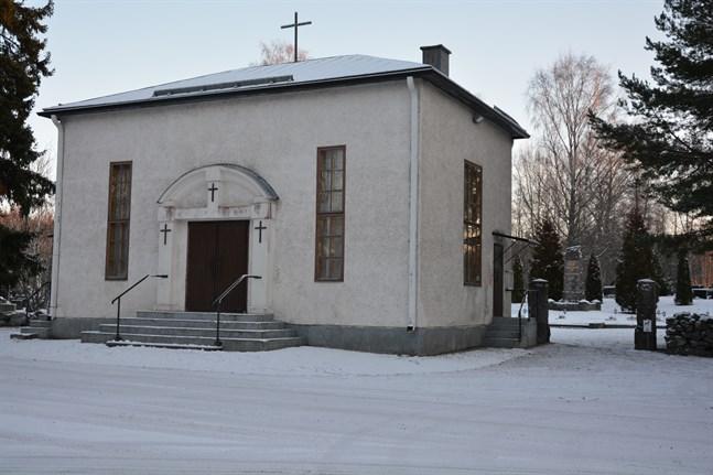 Begravningskapellet i Kaskö ska enligt planerna renoveras. På grund av församlingens dåliga ekonomi hoppas man på bidrag från Kyrkostyrelsen.