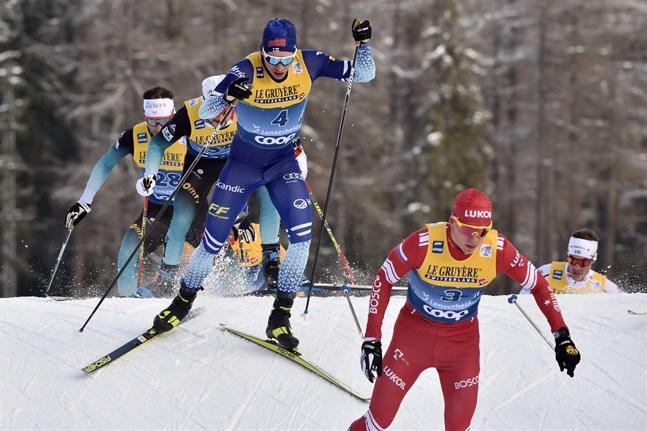 Iivo Niskanen kroknade under de sista kilometrarna.
