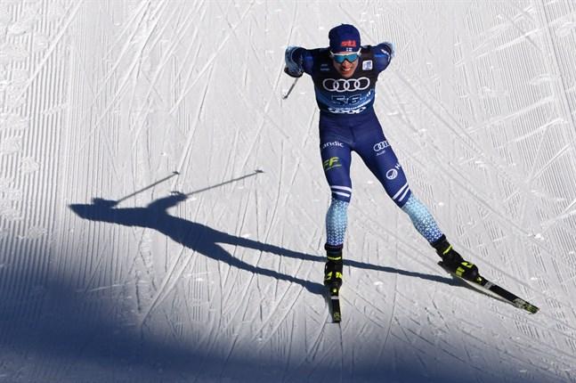 Iivo Niskanen går ut som elfte i morgondagens jaktstart på 15 kilometer klassiskt.