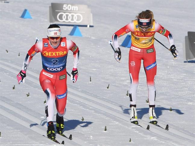 Ingvild Flugstad Östberg knäckte Therese Johaug i spurten.