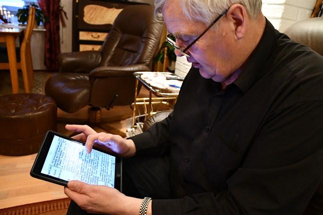 Claseric Gull hittar mycket intressant då han läser gamla årgångar av Kaskö tidning.