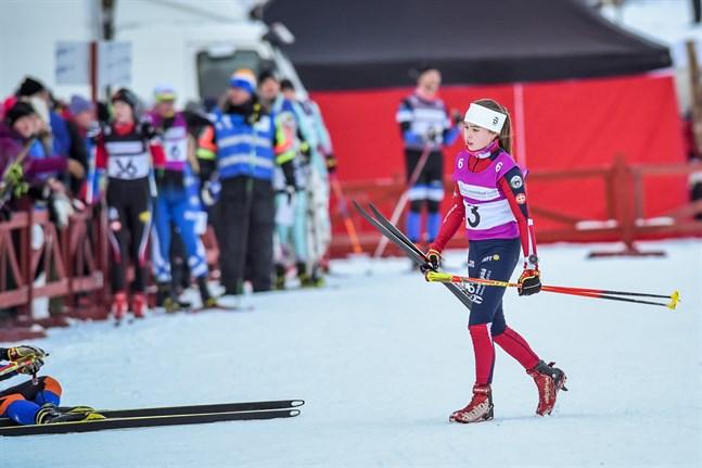 Rebecca Sandnäs får försvara de blåvita färgerna i juniorlandskampen mot Sverige i slutet av månaden.