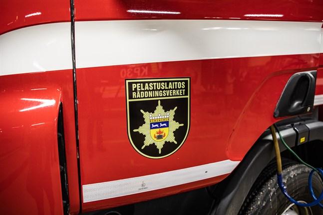 Räddningsverket fick larm om en brand i Larsmo skärgård.