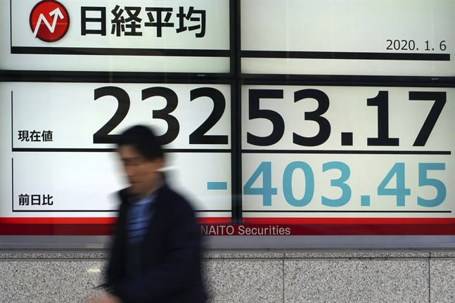 Tokyobörsen störtdök efter Irans attacker mot USA-mål i Irak. Bild från i måndags.