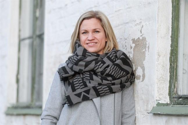 """Trots att föreningsverksamheten tar upp det mesta av Nina Lindahls fritid är det värt det, säger hon: """"Jag mår bra av det – och om det blir för mycket brukar folk säga till""""."""