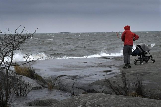 Stormstyrkor har uppmätts på flera håll i landet.