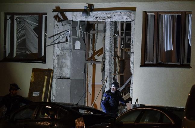 Huset på Östermalm i centrala Stockholm fick stora skador vid detonationen.
