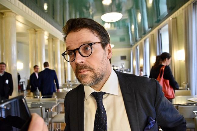 Ville Niinistö (Gröna/EFA) har tidigare varit ordförande för De gröna och suttit som riksdagsledamot i tolv år.