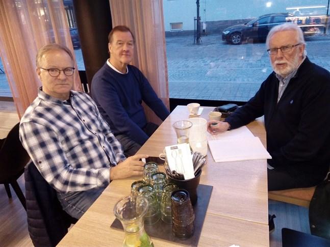 Johan Nyberg, Jan Störling och Bo Forsström hoppas få in material med anknytning till GSF för historiken som ska sammanställas.