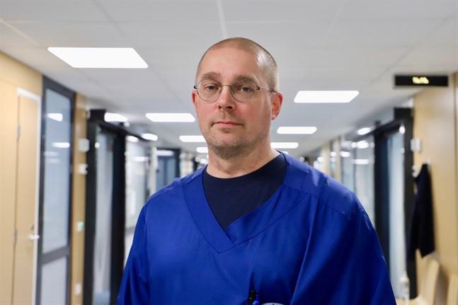 Raku Hautamäki har under sina tio år vid Vasa centralsjukhuset inte stött på ett enda fall där organtransplantation skulle ha gjorts på grund av paracetamolförgiftning.