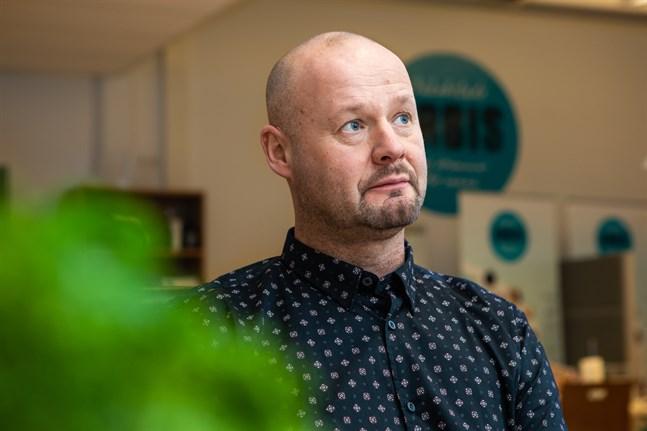 Det är cirka ett år sedan vi stängde senast. Nu är vi lite bättre förberedda, säger Anders Wingren, rektor förJakobstad Arbis.