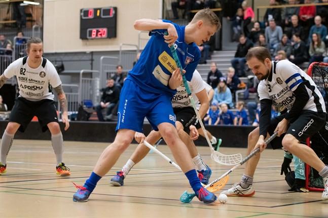 Jori Heikkilä gjorde 5+1 när Nibacos klådde TU med 12–5.