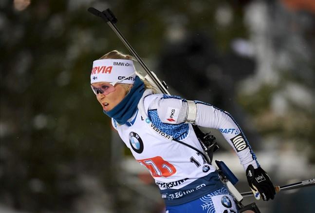 Mari Eder tog hand om första sträckan i fredagens stafett.