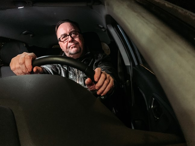 Roland Rantschukoff har haft otur med sin bil.
