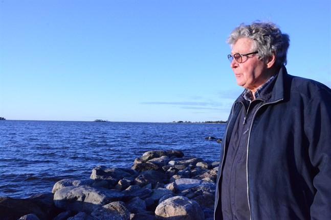 Håkan Teir-Siltanen vill inte se några vindkraftverk utanför Skaftung- och Sidebykusten.