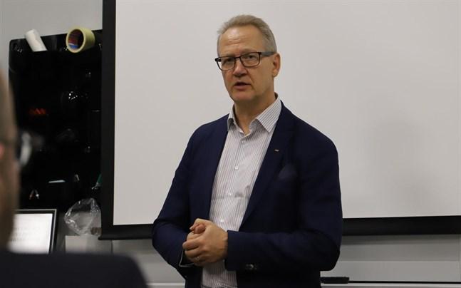 Juha Häkkinen är vd för Österbottens handelskammare.