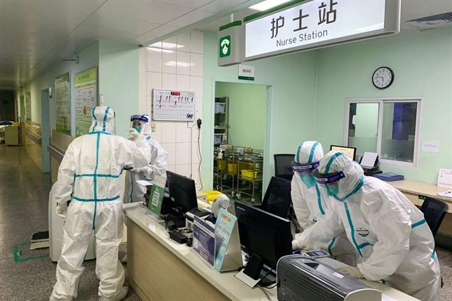 Den här bilden togs vid sjukhuset Zhongnan i Wuhan i går.