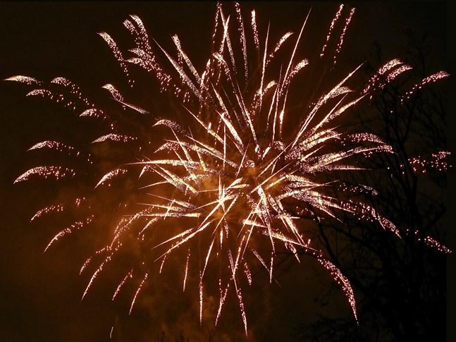 Nyårsraketerna orsakade förhållandevis få ögonskador vid årsskiftet, enligt Säkerhets- och kemikalieverket Tukes.