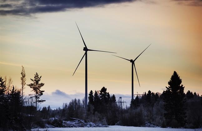 Vindkraften inverkar negativt på klimatutsläppen i Miljöcentralens beräkningar.