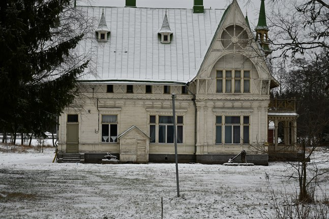 Carlsro museum i Kristinestad bör skyddas anser föreningen Österbottens Byggnadsvård.