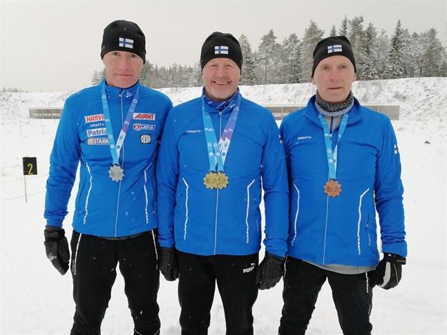 Medaljer i alla valörer. Tommy Haglund, Henning Nynäs och Alf Wikström återvände inte tomhämta från Österrike.