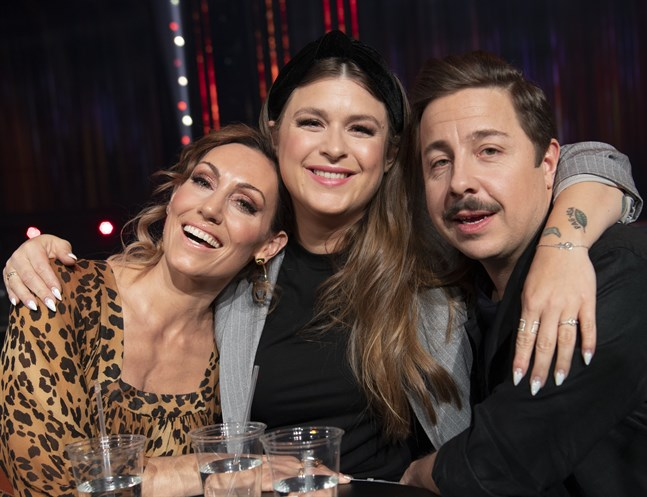 Lina Hedlund, Linnéa Henriksson och David Sundin leder Melodifestivalen.