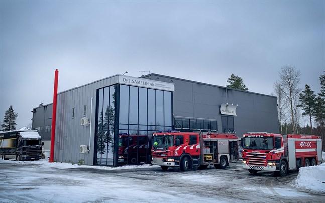 Branden på Lagervägen vid Fågelberget var släckt strax före klockan 13 på lördag förmiddag.