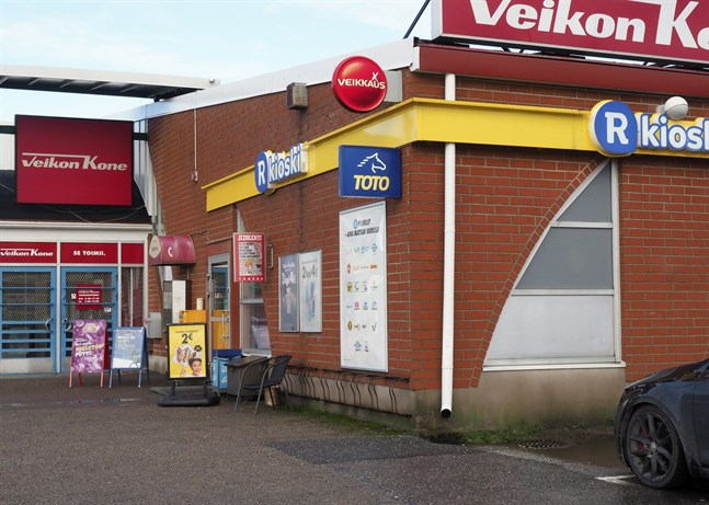Mannen som vann historiens största lottovinst hade köpt lotten i Ketunkallio R-kiosk i Nystad.