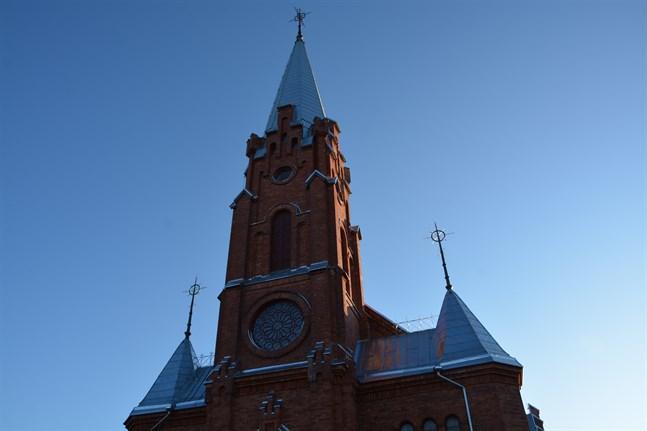 Coronakrisen orsakar minskade skatteintäkter för landets 400 evangelisk-lutherska församlingar.