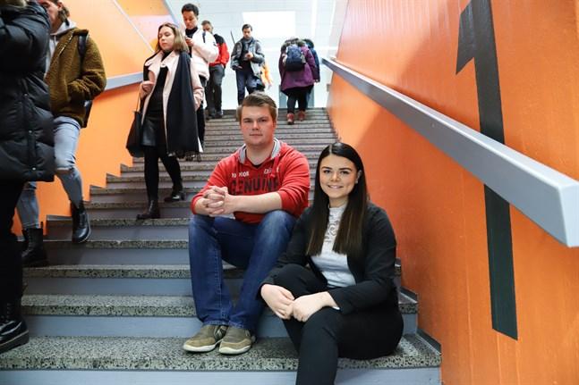 Thomas Parviainen och Jennica Lattunen ser utbildningen International Business som en bra öppning till en internationell karriär.