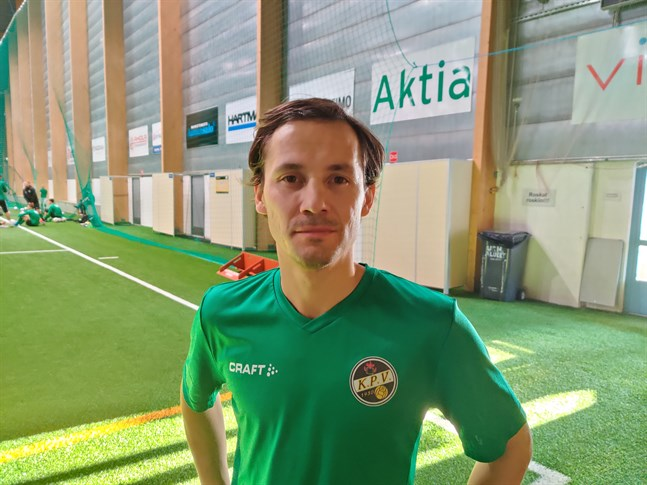 Sebastian Mannström var bäst i KPV i lördagens träningsmatch i Kuopio.