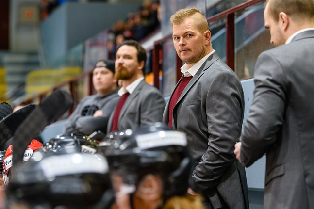 Ari-Pekka Pajuluoma gick från Sport via Hermes – till KHL.